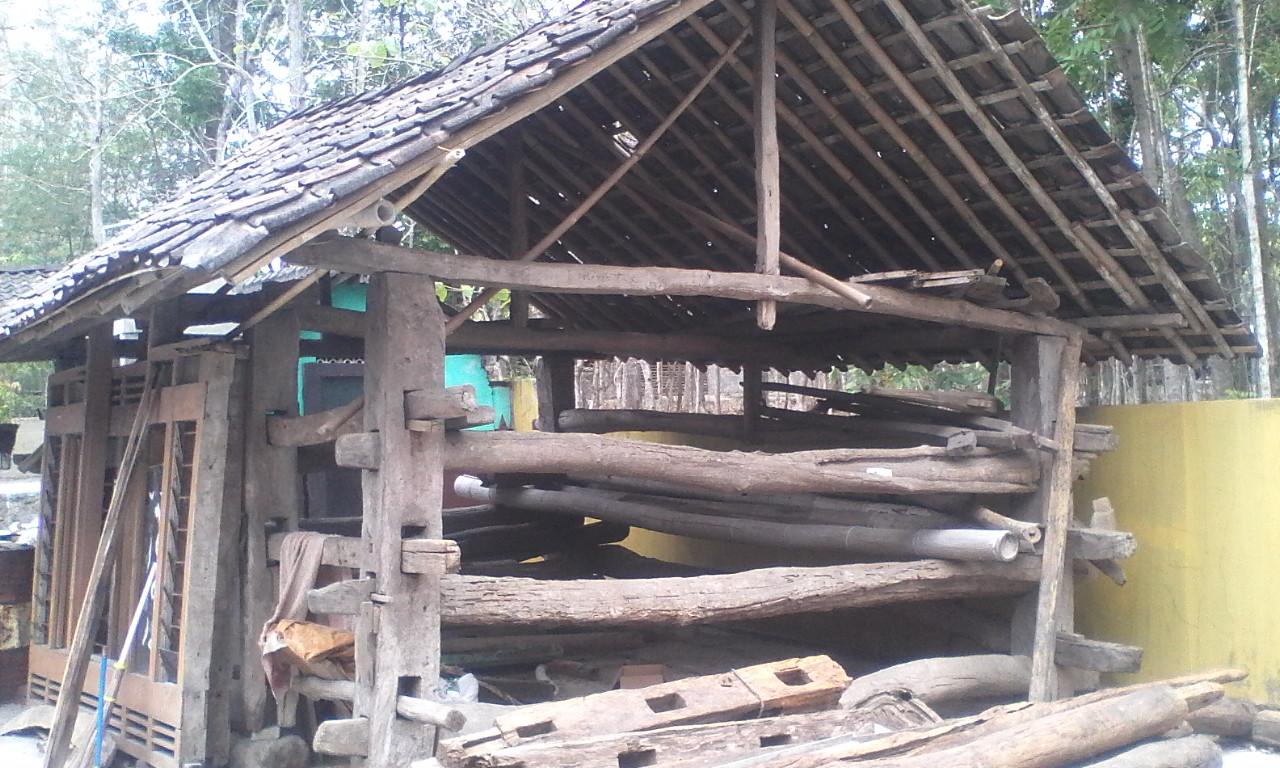 Desain Rumah Kayu Jati Jawa Tengah Cm Oke Image Result